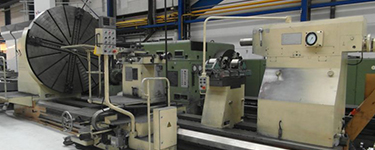 Heavy duty lathes